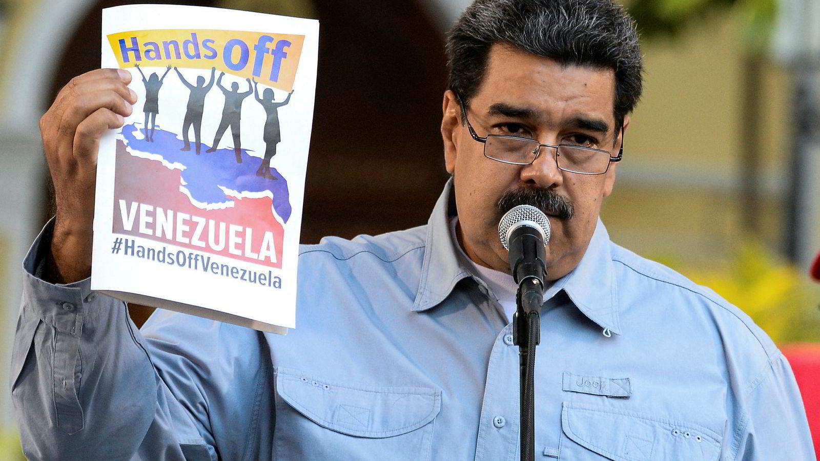 USA og EU er uenige om man skal ha kontakt med Venezuelas president Nicolas Maduro.