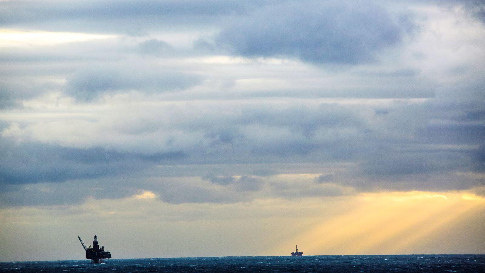FERSK RAPPORT. Norsk olje og gass presenterte ferske anslag tirsdag.  Bildet viser Oseberg feltsenter i Nordsjøen.