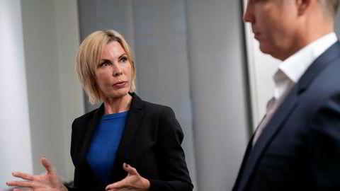 Cecilie Grue er administrerende direktør i gruveselskapet Element. Her er hun med styreleder Lars Christian Beitnes som nylig har fått et personlig søksmål i fanget av svenske myndigheter.