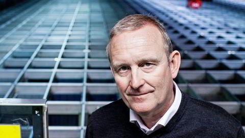 Konsernsjef for Komplett, Ole Vinje, satser på salg av mobilabonnementer med store datapakker. Foto: Klaudia Lech