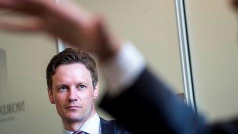 Sjeføkonom Bjørn Roger Wilhelmsen i Nordkinn Asset Management mener det ikke er noen grunn til at kronen skal være så svak, og han tror det blir forbigående. Foto: Gunnar Blöndal