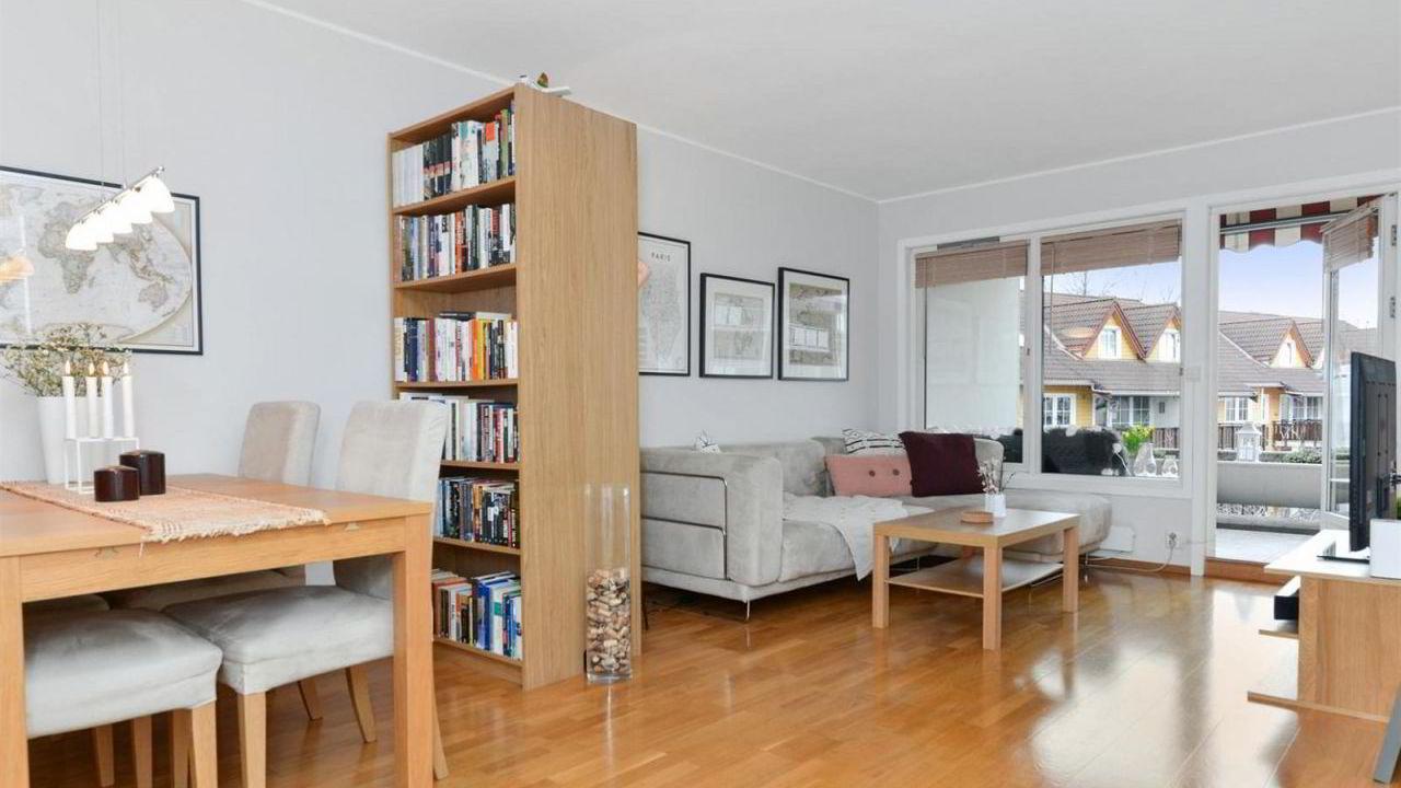 Denne leiligheten på Rodeløkka i Oslo, ble solgt for 840.000 kroner over takst.