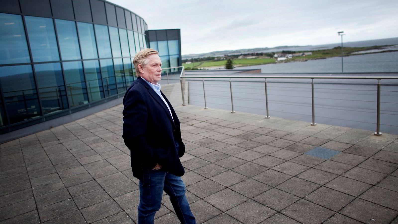 Jan Erik Vikeså mistet jobben i oljebransjen. Da startet han solselskapet Saga Energy og har nå landet en storkontrakt i Iran.