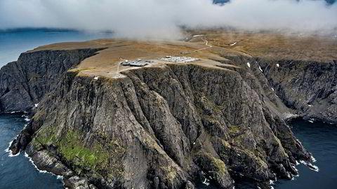 Torsdag skal Nordkapp kommunestyre behandle områdeplan som i realiteten avgjør om Rica og Scandic får forlenget den omstridte eneretten til å drive turistanlegg på Nordkapp-platået.