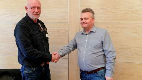 Lederen Lars Johnsen i Transportarbeiderforbundet (til venstre) og leder Jørn Eggum i Fellesforbundet er enige om at de to forbundene bør slå seg sammen, men er uenige om EØS-avtalen.