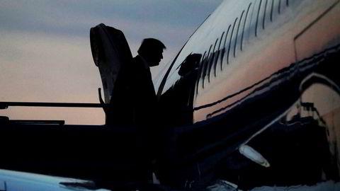 President Donald Trump har noe høytflyvende definisjoner av gevinst og tap, mener artikkelforfatteren. Her går Trump om bord i Air Force One for å fly tilbake til Washington i midten av mai. Leah Mills/Reuters/NTB scanpix