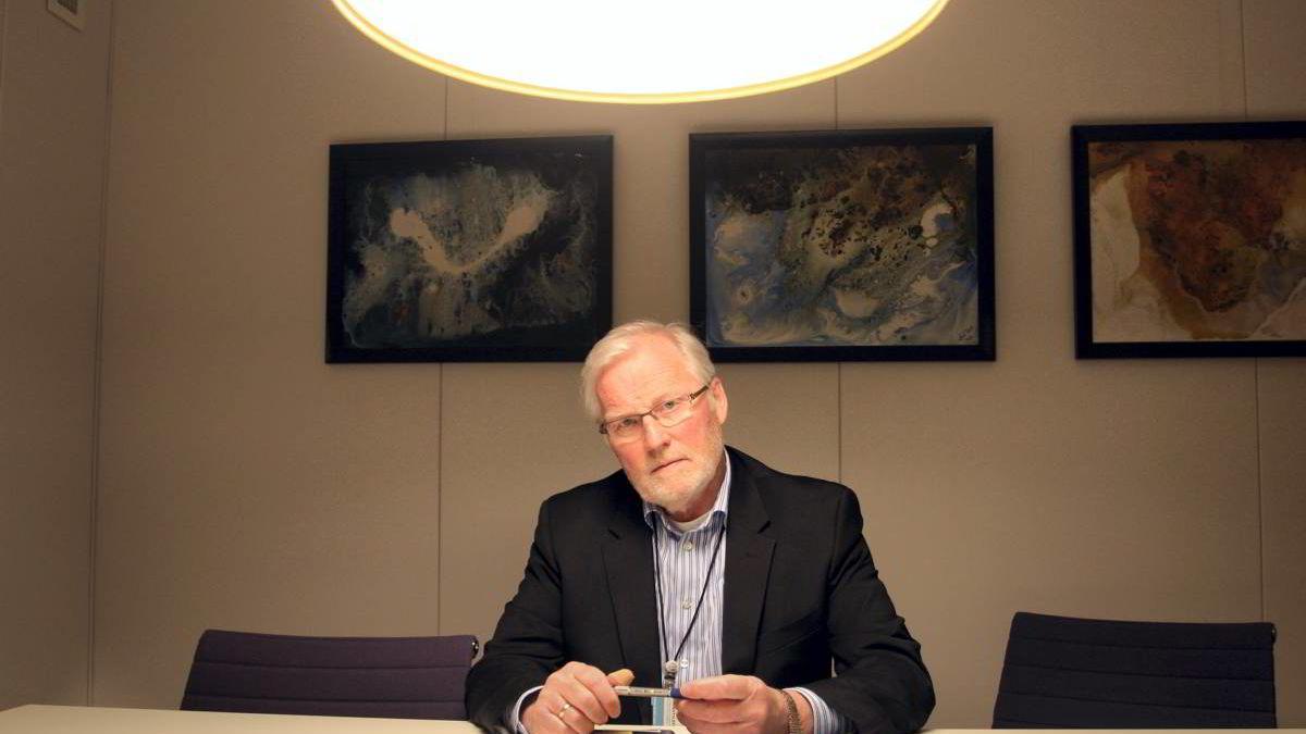 Frank Robert Berg i Finanstilsynet la i dag frem Risiko- og Sårbarhetsanalyse for 2012. Han mener de norske systemene klarer seg relativt bra, men ser mye som må jobbes med.