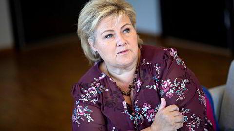 Statsminister Erna Solberg forsvarer frihandelsavtalen med Brasil selv om hun innser at tidspunktet for annonseringen av den var litt uheldig.