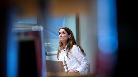 Bank Norwegian-sjef Tine Wollebekk legger frem enda et overskudd, men utlånsveksten i Norge er fallende før innføring av ny forskrift for forbrukslån.
