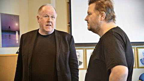 Byggekonsulenten Kjell Kvam (venstre) leder prosjektet med bygging av ny ungdomsskole til 100 millioner kroner i Bjugn kommune. Her sammen med ordfører Ogne Undertun.