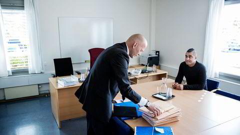 Bostyrer Christian Lundin har bare funnet noen få tusenlapper på bankkontiene til de ni konkursrammede selskapene til Tommy Sharif. Foto: Fredrik Bjerknes