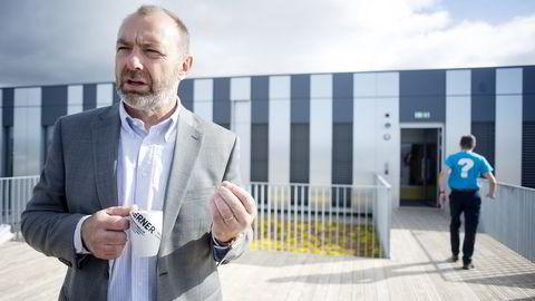 Jan Arve Haugan, adm. dir. i Kværner, på det nye kontorene på Fornebu. Foto: Mikaela Berg