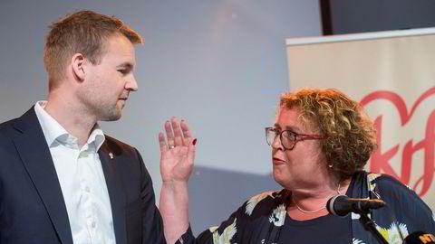 Kjell Ingolf Ropstad og Olaug Bollestad vil i helgen bytte roller. Hun går tilbake som nestleder, og han tar over styringen av partiet. Her er de på pressekonferansen før landsmøtet i Stavanger. Foto: Vidar Ruud/NTB Scanpix