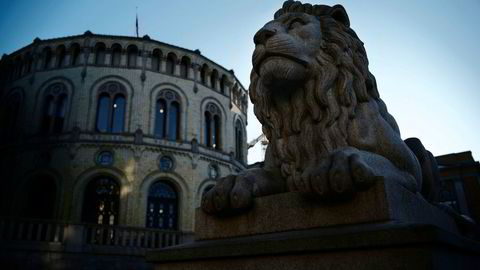 Det var til vedlikeholdsarbeid på Stortinget i Oslo den frifunnede organiserte.