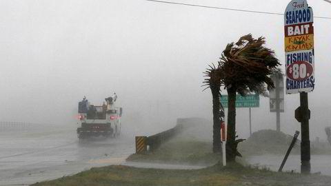 Orkanen Florence feier inn over kysten av North Carolina.
