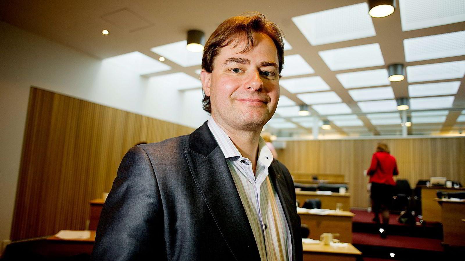 – Vi endrer Investinors mandat, sier statssekretær Lars Jakob Hiim i Næringsdepartementet.