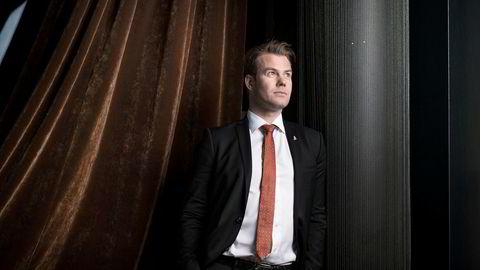Lars Ola Kjos har satset et millionbeløp på bitcoin.