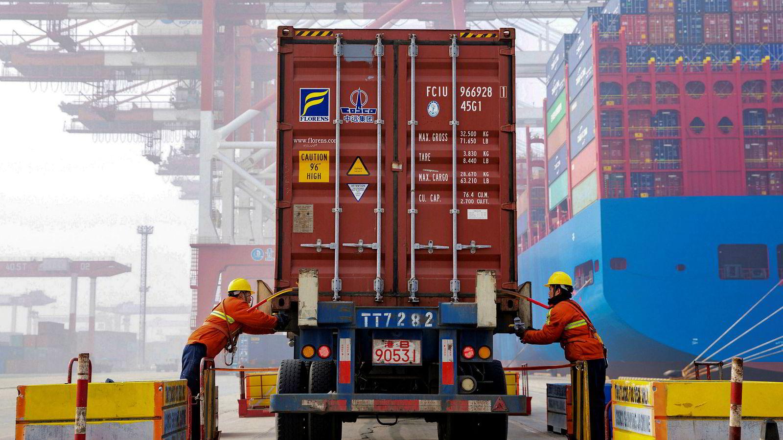 Økonomien i Kina fortsetter å vokse i jevnt høyt tempo.