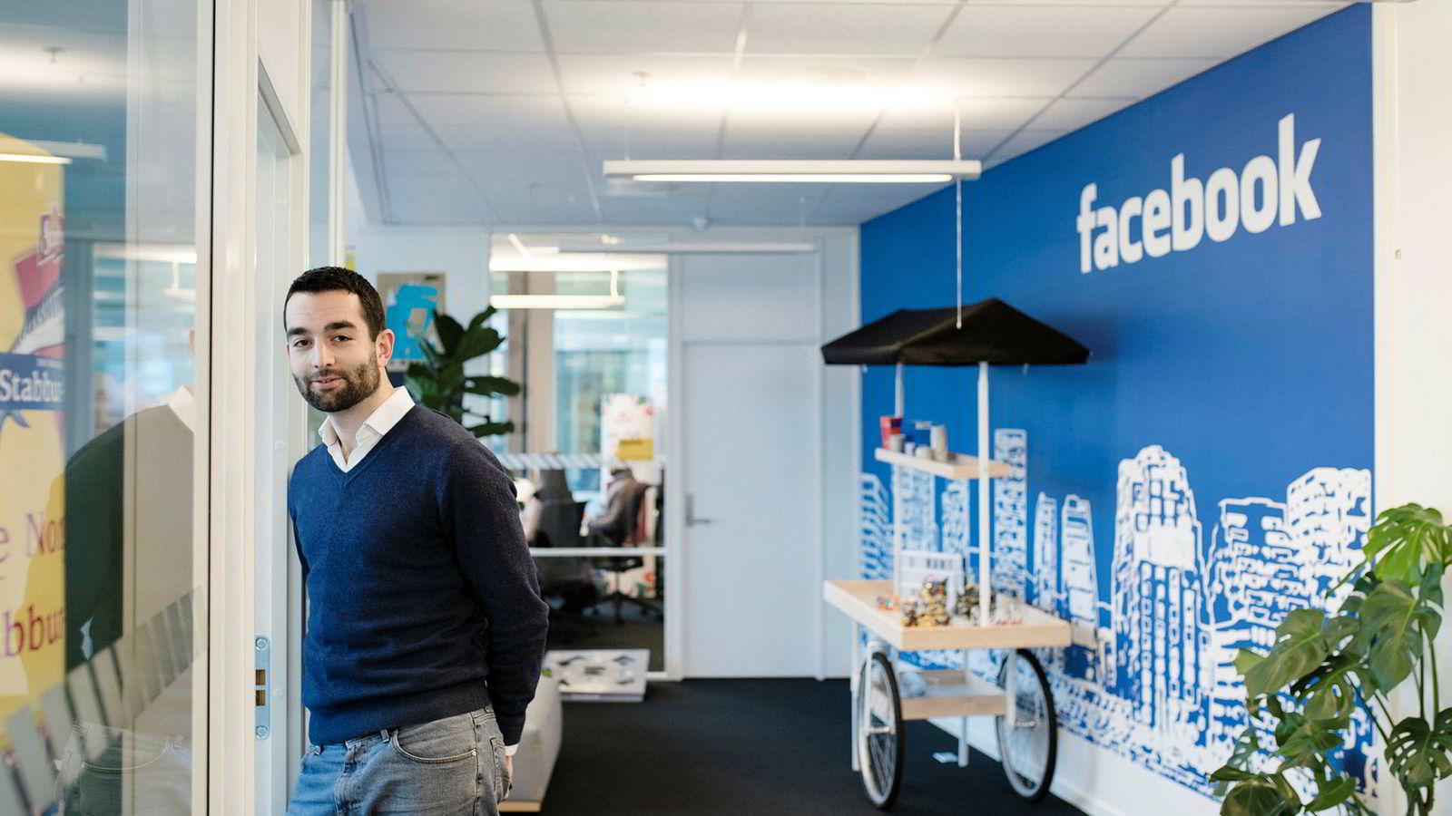 Facebook ruller nå ut ekstern faktasjekk på sin plattform i Norge i samarbeid med Faktisk.no. John Severinson, leder for strategiske mediepartnerskap i Norden, er glad for å ha faktasjekkerne om bord.