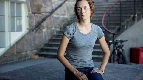 Arbeiderpartiets Anette Trettebergstuen reagerer på kritikken mot Katharina Andresen i debatten om Innovasjon Norge-ansettelsen. Foto: Johnny Vaet Nordskog