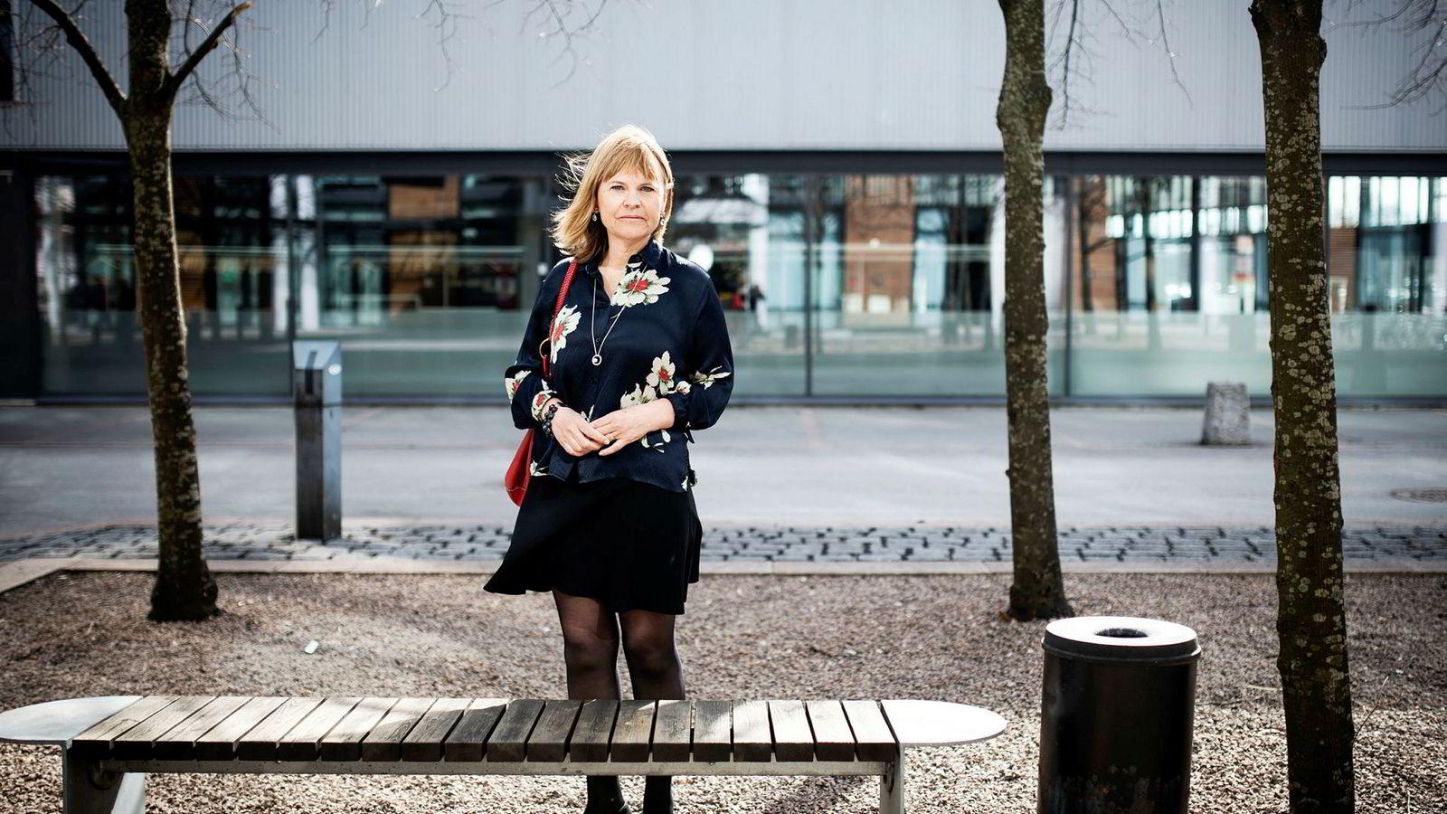 Markedsdirektør i Tine Kathrine Mo sier selskapet bruker mindre penger på tv-reklame enn tidligere.