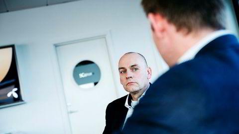 Fungerende leder av Telenors norske mobilvirksomhet, Bjørn Ivar Moen, fikk fullt medhold i en dom i Borgarting lagmannsrett i et pengekrav mot konkurrenten Telia.