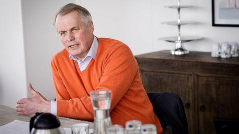 Gustav Witzøe sier han er skeptisk til de omfattende vindkraftplanene på Frøya.