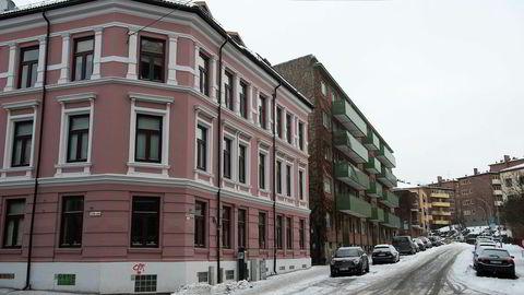 Leiligheter i Wilhelms gate på Bislett. For fjerde måned på rad faller nordmenns tro på boligprisvekst.