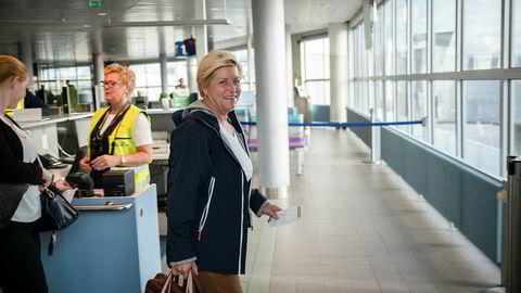Finansminister Siv Jensen (Frp), her fotografert på flyplassen i Bodø.