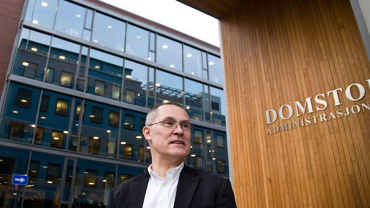 Avdelingsdirektør Olav Berg Aasen i Domstoladministrasjonen skriver at EDB Business Partners løsninger bare dekker et lite område av sikkerhetsutfordringene knyttet til e-post.