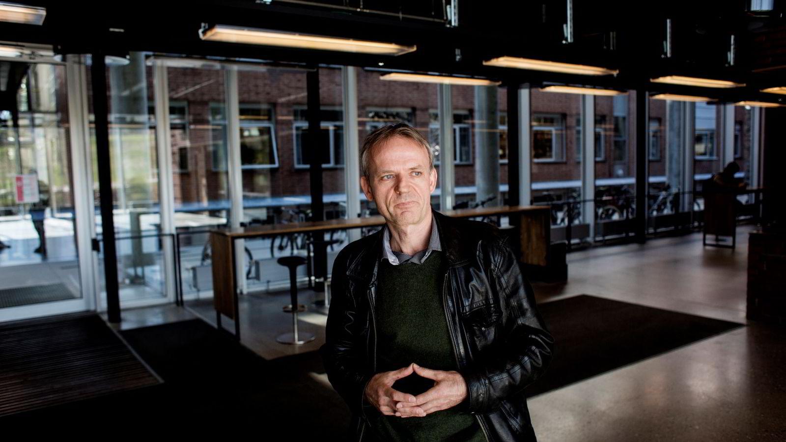 Dag Sjøberg, professor ved Institutt for informatikk ved Universitetet i Oslo. Foto: Fredrik Bjerknes