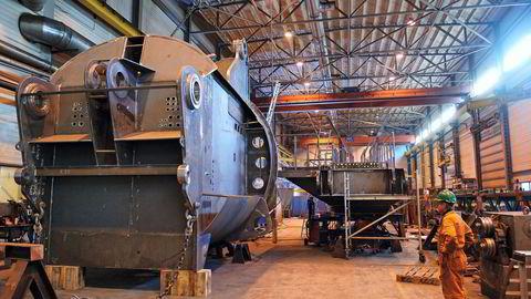 National Oilwell. Her fra anlegget i Søgne, der det bygges og monteres kraner og offshore-borekroner. Foto: