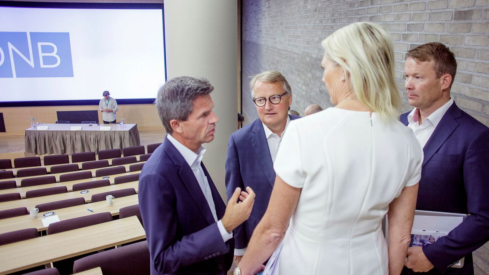 Ledertrioen i DNB økte sin samlede lønn med 1,5 millioner kroner ifjor. Fra venstre: DNB Markets-sjef Ottar Ertzeid, DNB-sjef Rune Bjerke, finansdirektør Kjerstin R. Braathen, og kommunikasjonsdirektør Thomas Midteide.