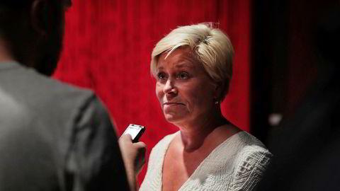 Frp-leder Siv Jensen sier de er ferdige med forhandlinger, mens Venstre vil ønsker å fortsette samtaler om bompenger med regjeringspartiene.