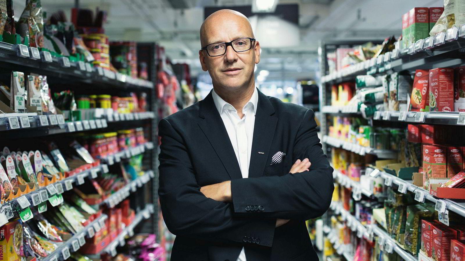 Coop-sjef Geir Inge Stokke mener at dagligvarekjedene har tjent for godt på enkelte hygieneartikler der de nå har fått hardere konkurranse, mens andre varer blir solgt med tap.