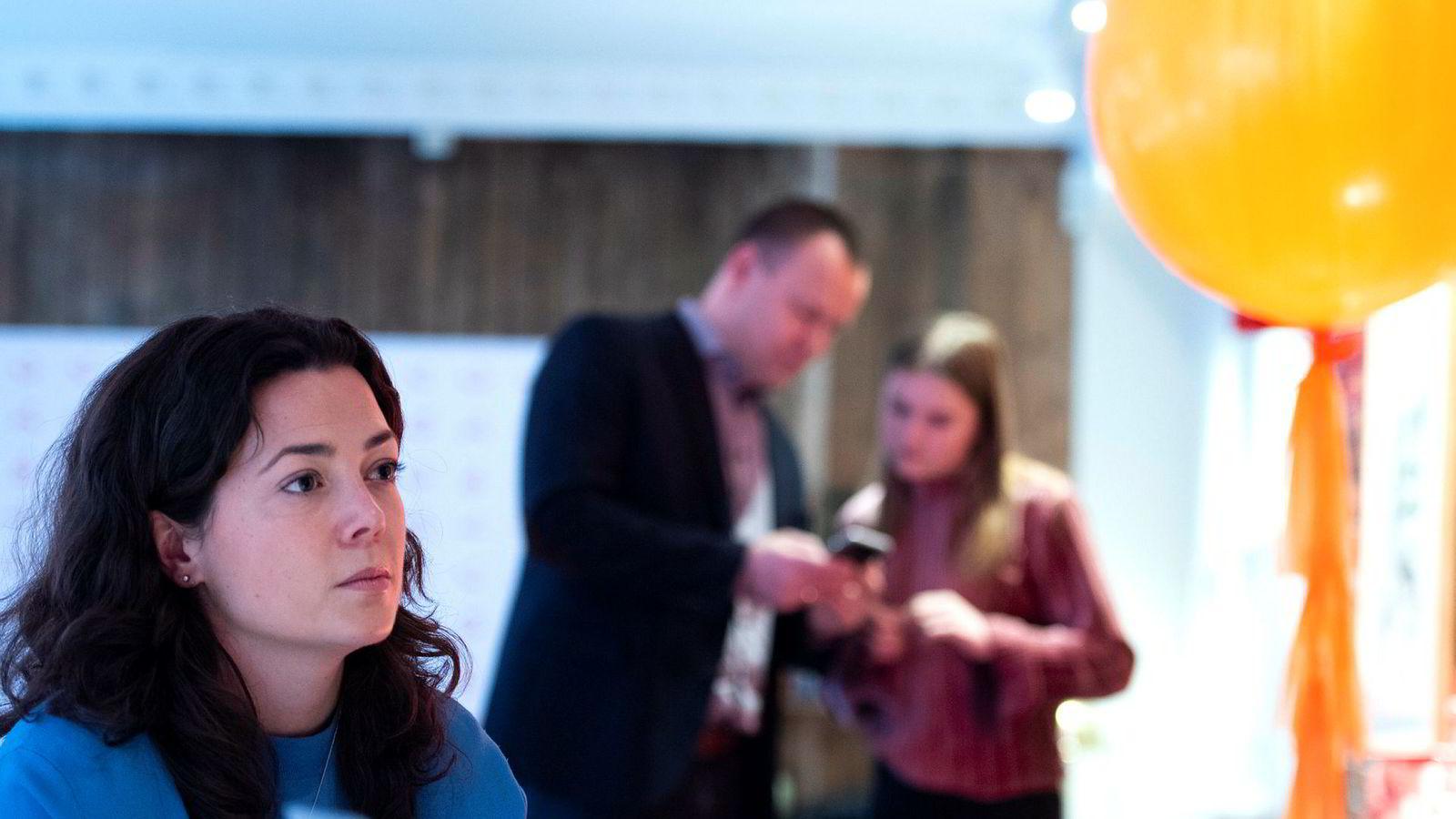 Kommunikasjonssjef Hanne Kjærnes har troen på at Vipps kan slå giga-aktør Apple når de begir seg inn på betalingsmarkedet for alvor.