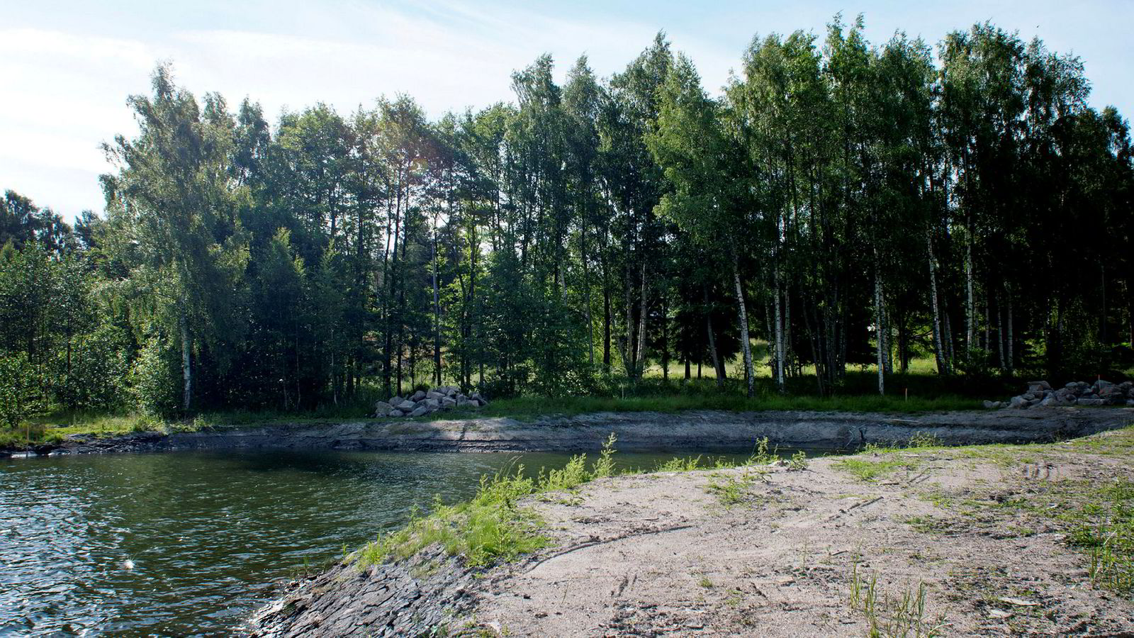 Etter en lang strid om hytteutbygging i Hankø-skjærgården på østsiden av Oslofjorden, avviser Advokatforeningens disiplinærutvalg klage mot advokat Rasmus Asbjørnsen.