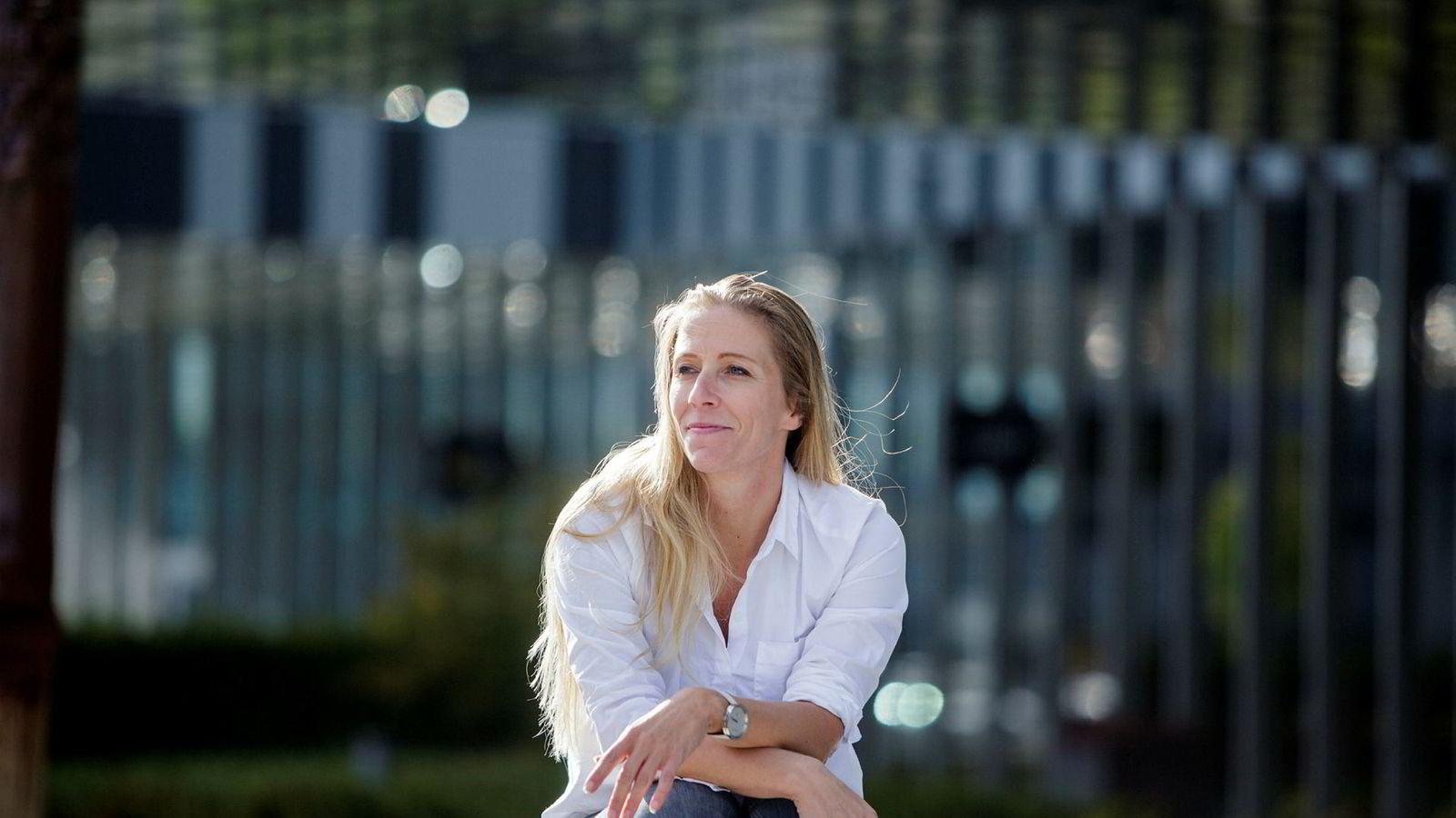 Røkke er en norsk industribygger som har lykkes med store innovasjoner i norsk næringsliv. Når han nå satser på havets helse, vil det tilføre de norske kompetansemiljøene nye nettverk og innsikt i globale utfordringer og løsninger knyttet til havet, skriver innleggsforfatterne. Her Rev Ocean-leder Nina Jensen.