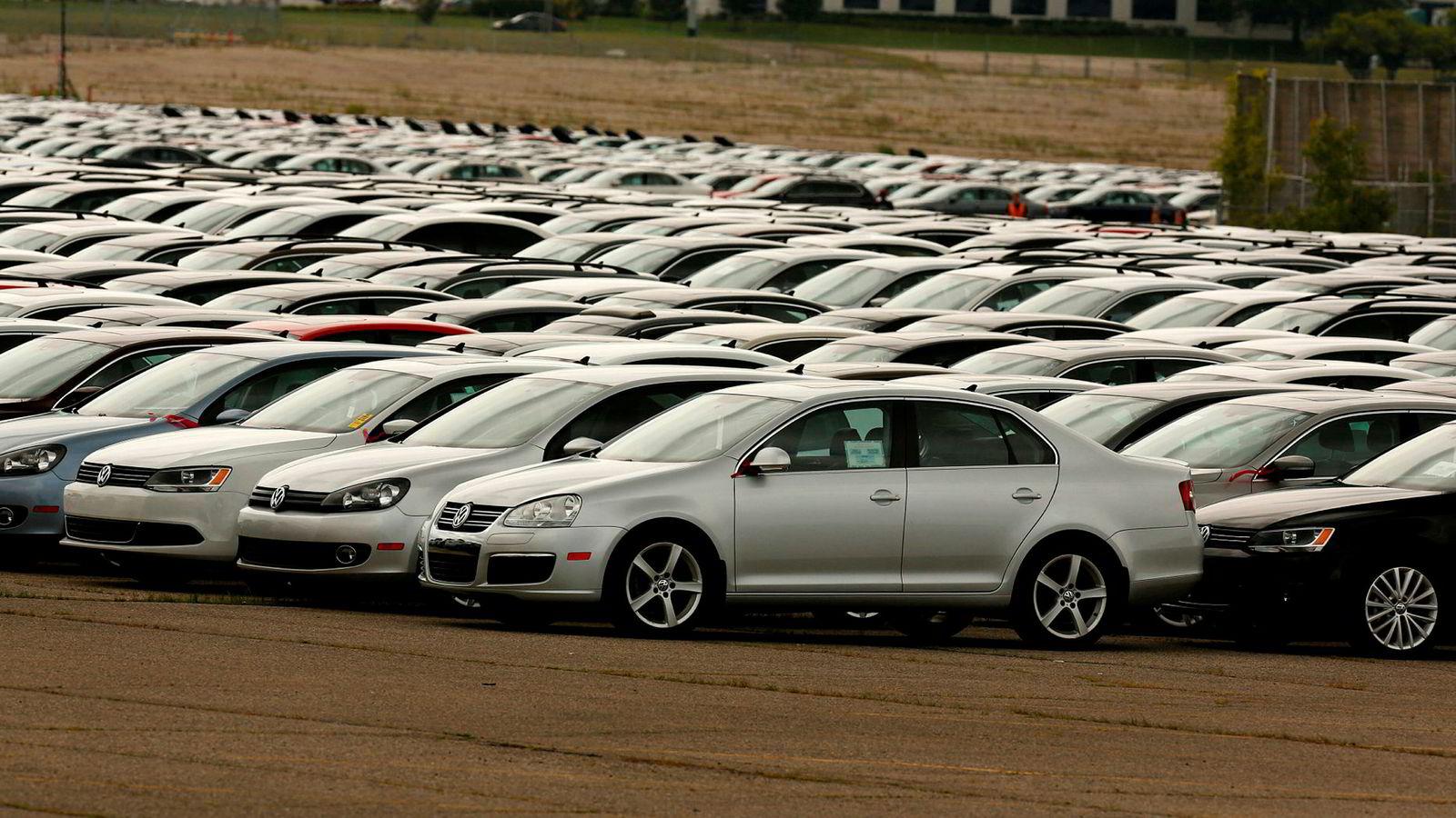 Mange biler ble kalt tilbake etter utslippsjukset fra 2015. Nå må selskapet gjøre opp for seg