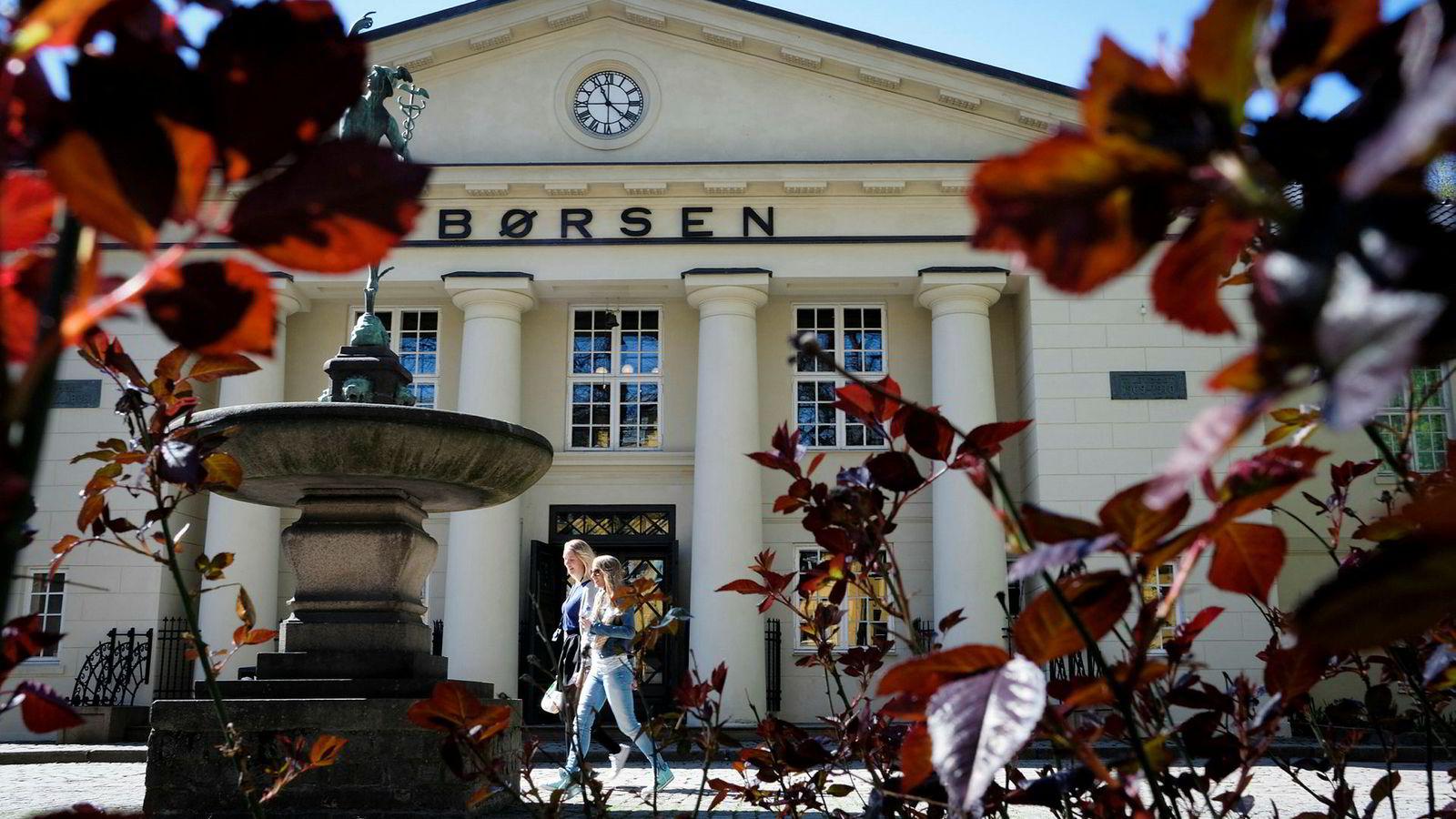 I perioden 1984 til 2016 har det skjedd en dramatisk utvikling i eierstrukturen av aksjer notert på Oslo Børs, sier forfatteren.