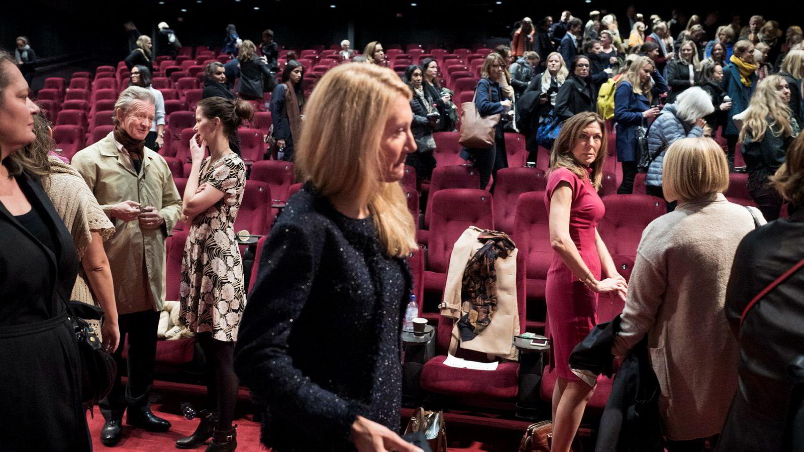 Likestillingsmålet bør være et felles prosjekt for arbeidslivet, ikke en kvinnekamp, skriver innleggsforfatteren. Her Thina Saltvedt på Kvinnekonferansen i regi av DN på Vika Kino torsdag.