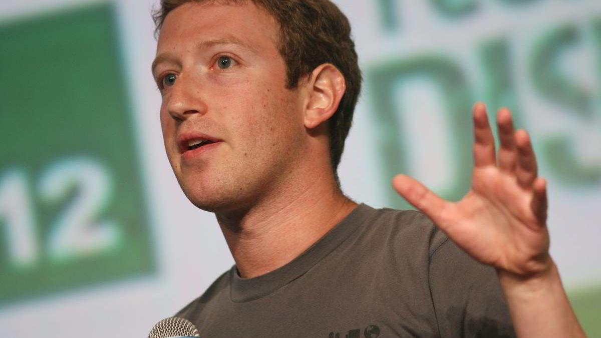 Toppsjef Mark Zuckerberg og Facebook vil gjøre det klart for brukerne hvem som kan se hva om deg, og enklere å kontrollere innhold som gjelder deg.