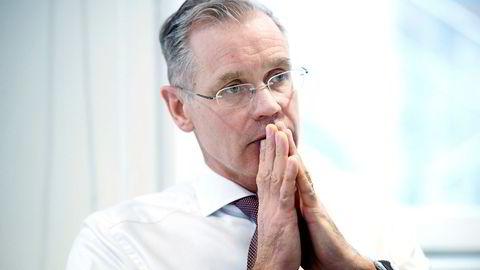 SAS-sjef Rickard Gustafson sier selskapet mister konkurranseevnen om pilotenes krav godtas. Mandag ettermiddag ba han pilotene vende tilbake hos Riksmekleren.