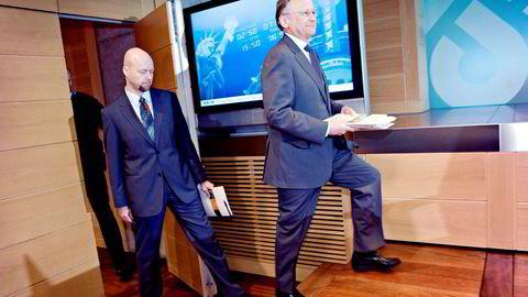 Yngve Slyngstad (til venstre), sjefen for Oljefondet, og daværende sentralbanksjef Svein Gjedrem la frem årsrapporten for finanskriseåret 2008 vinteren 2009.