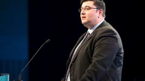 Fremskrittspartiets Mazyar Keshvari har innrømmet at han har fått utbetalt penger han ikke hadde krav på gjennom fiktive reiseregninger. Her er han på Frps landsmøte i april.