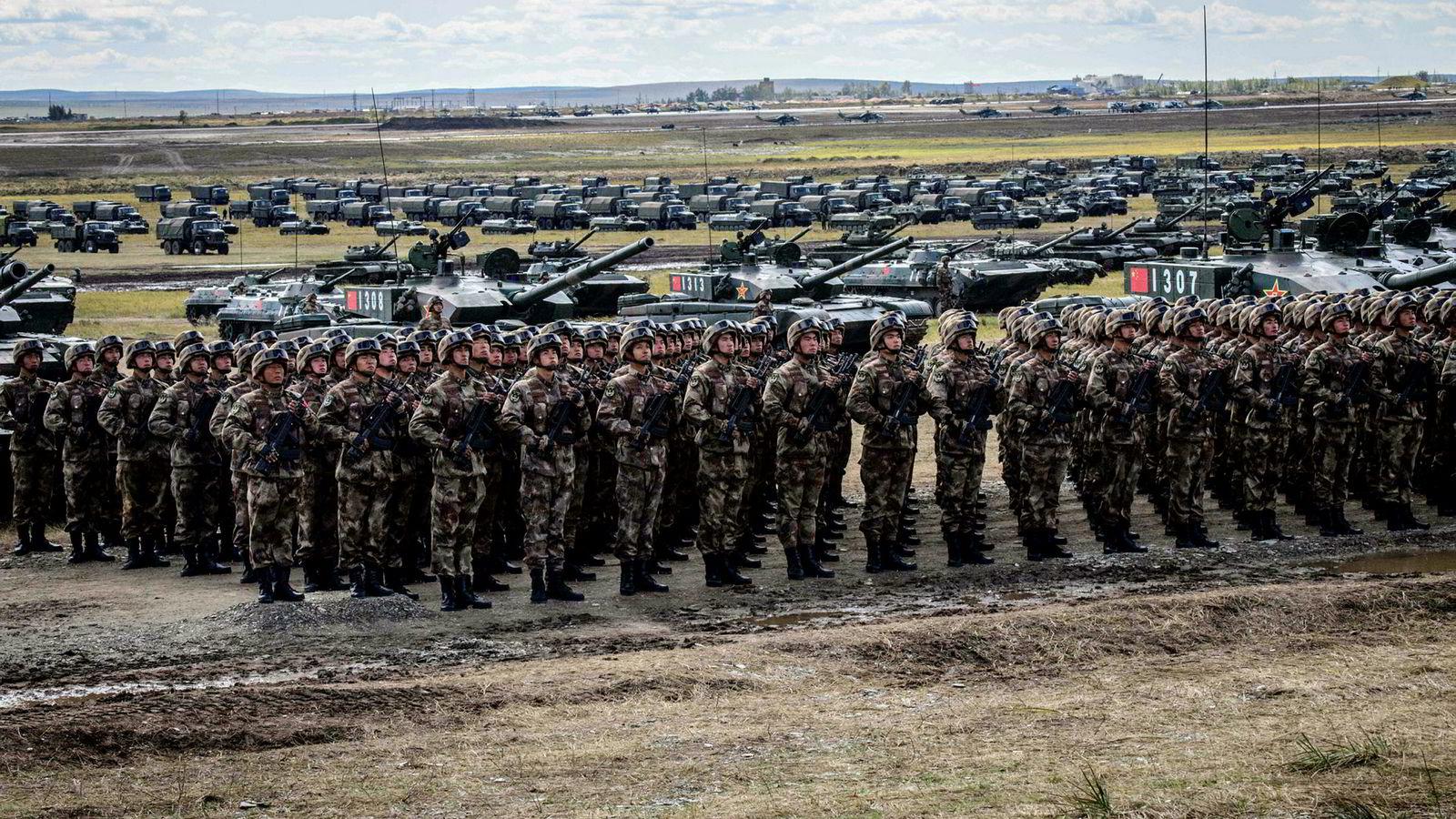 Kina avlyser samtaler om militært samarbeid med USA. Her fra den store kinesisk-russiske militærøvelsen Vostok, på grensen mellom Russland, Kina og Mongolia, tidligere i september.