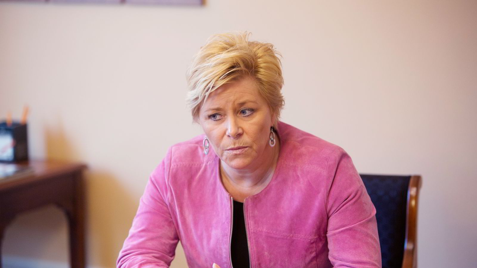 Finansdepartementet og finansminister Siv Jensen (Frp) ber Finanstilsynet vurdere om det er hensiktsmessig å iverksette tiltak for å dempe boliglånsveksten. Foto: