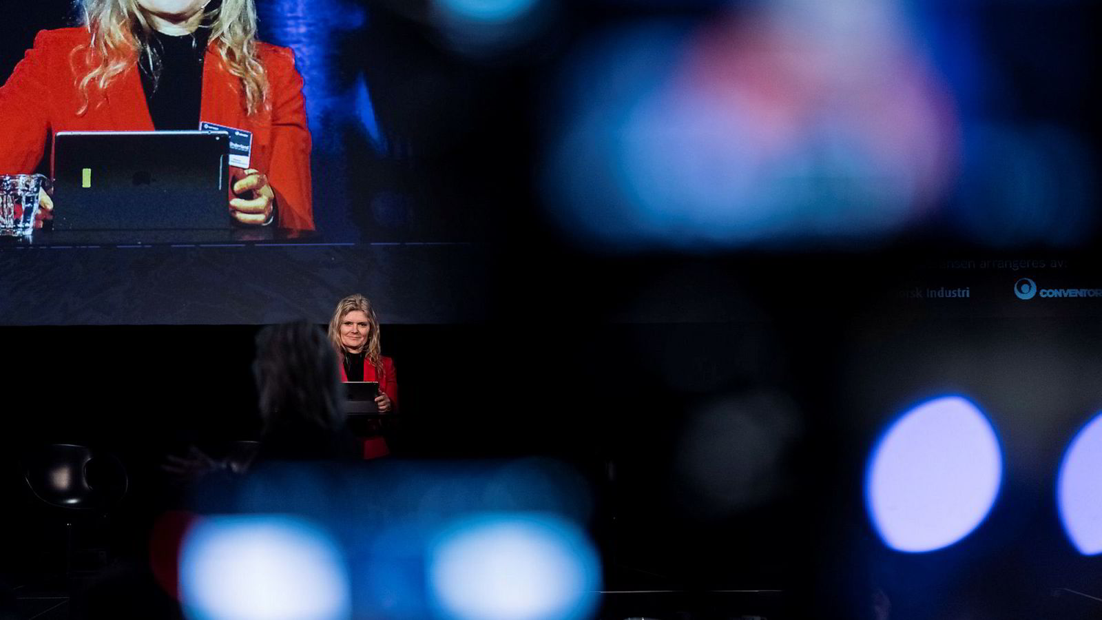 Peggy Krantz-Underland er innkjøpsdirektør i Equinor, og en omsvermet person blant oljeleverandørene på Offshore-strategikonferansen i Stavanger. Selskapet kjøpte varer og tjenester for 144 milliarder kroner globalt i 2017.