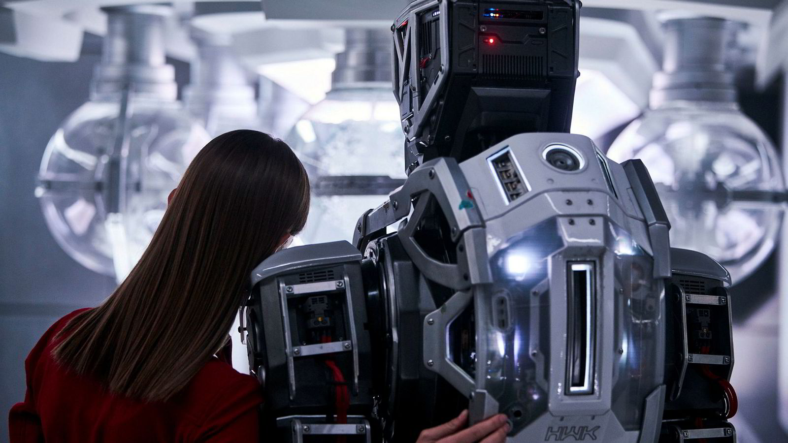 Fra Netflix sci-fi serie «I am Mother».