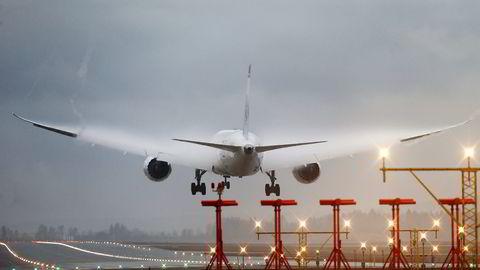 Et Norwegian-fly går inn for landing på Gardermoen. Foto: Cornelius Poppe, NTB Scanpix